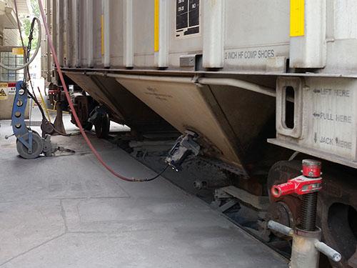 HCP Railcar Vibrator In Use Railside