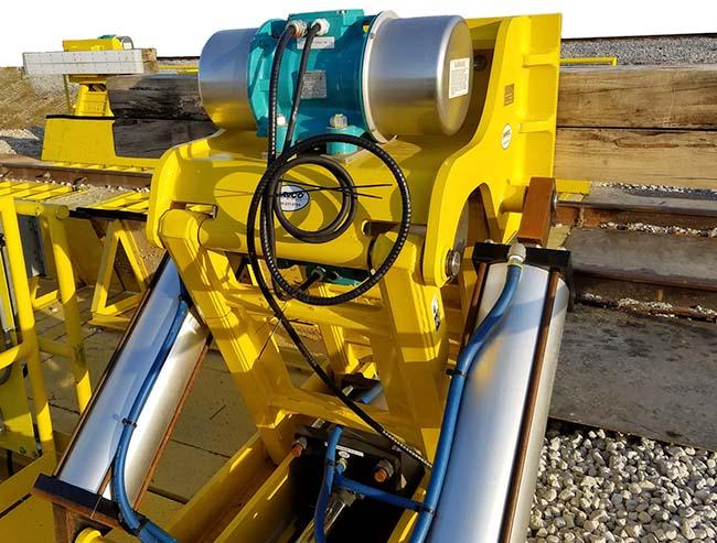 Rotary Electric Vibrator driving railside railcar shaker